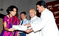 The Minister of State of Power, Shri Bharatsinh Solanki giving away certificate to a young engineer of NTPC at the Valedictory Programme of 2006 & 2007 Batch, in New Delhi on July 28, 2009.jpg