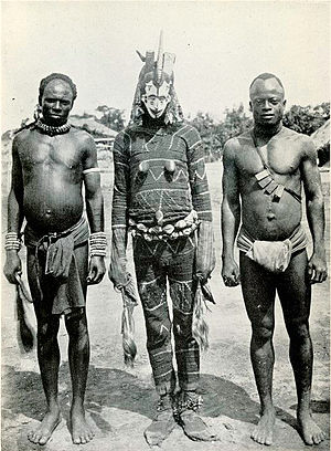 Agbogho Mmuo - An Agbogho Mmuo and two attendees