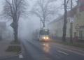 Tram 146 on foggy Madlower Hauptstraße.png
