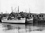 Tre skip ved Ørens Mekaniske Verksted.jpg