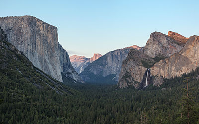 Tunnel View 3, Yosemite Valley, Yosemite NP - Diliff.jpg