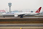 Turkish Airlines, TC-LJB, Boeing 777-3F2 ER (25083821797).jpg