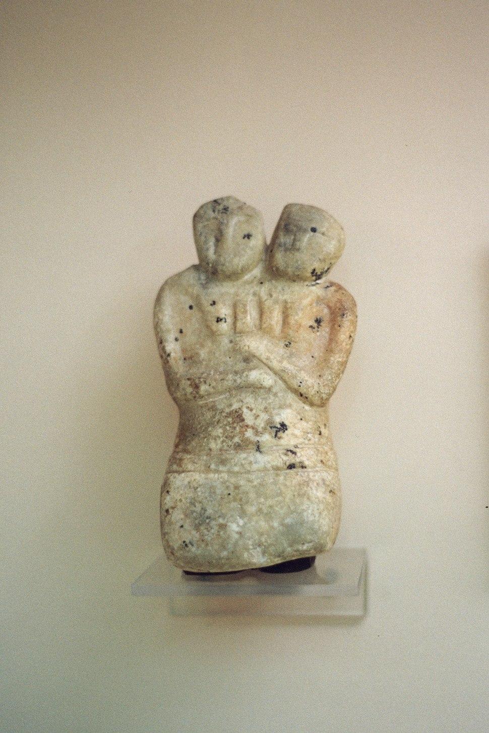 Twin goddess, marble statuette, Çatalhöyük, 6000-5500 BC, MACA, 99031