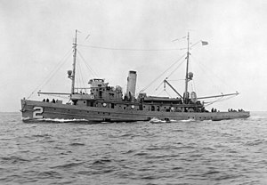 USS Owl (AM-2) - Image: USS Owl (AM 2) underway 1927