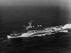 Independence-class aircraft carrier - Image: USS San Jacinto (CVL 30) underway at sea on 23 January 1944 (80 G 212798)