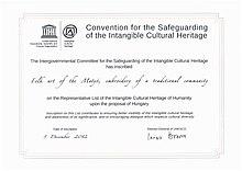 """ac47cd644d ... az UNESCO Reprezentatív Listájára és a Hungarikumok Gyűjteményébe  felvett """"Matyó örökség"""" őrzője, a hagyományok  továbbfejlesztője.[szerkesztés]"""