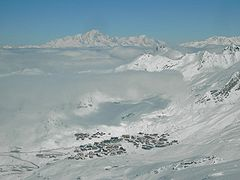 Val Thorens from 3,200 m (10,500 ft)