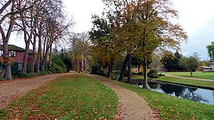 Valentines Park - Entering the park from Cranbrook Road