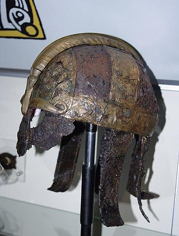 Sutton Hoo helmet - WikiOwl