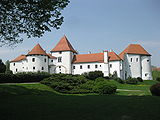 Varazdin Castle in summer 2009.jpg