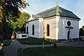 Vaxholms kyrka från kyrkogården.jpg