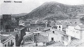 Nature Reserve Bosco di Alcamo - An old photo of Mount Bonifato without its wood.