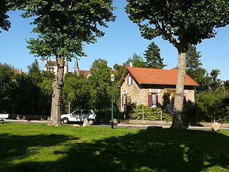 Verrières-le-Buisson - Village green