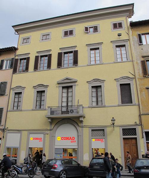 File:Via pietrapiana 42, palazzina.JPG
