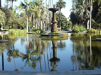 Will Rogers Memorial Park - Image: View of the fountain and reflection in the Will Rogers Memorial Park in Beverly Hills, California