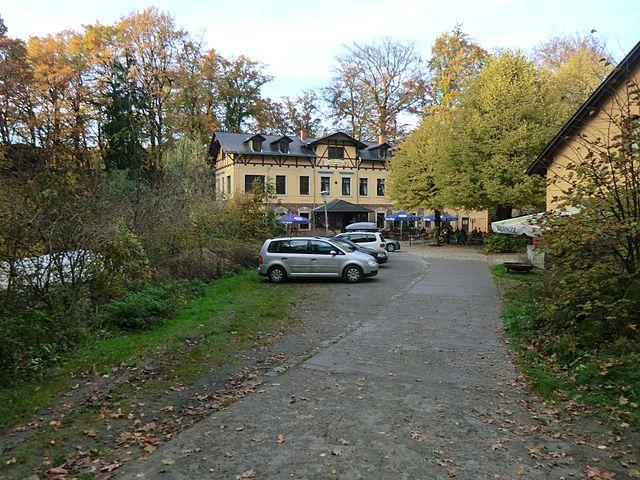 File:Wachbergschänke Wachwitz (1).jpg - Wikimedia Commons