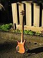 Warwick Thumb Electric Bass NT 2006 (3191211287).jpg