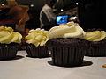 Wedding Cupcakes 2 (2981075612).jpg