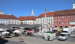 Wiener Neustadt - Hauptplatz (1).JPG