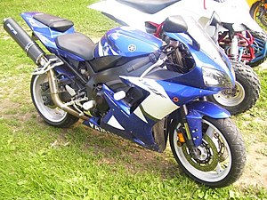 Yamaha YZF-R1 - 2002 YZF-R1 with aftermarket high-mount exhaust