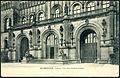 Zedler & Vogel PC 02441 Hannover, Portal des Welfenschlosses Bildseite, 1906 mit den Bronzelöwen von Bernstorff & Eichwede.jpg
