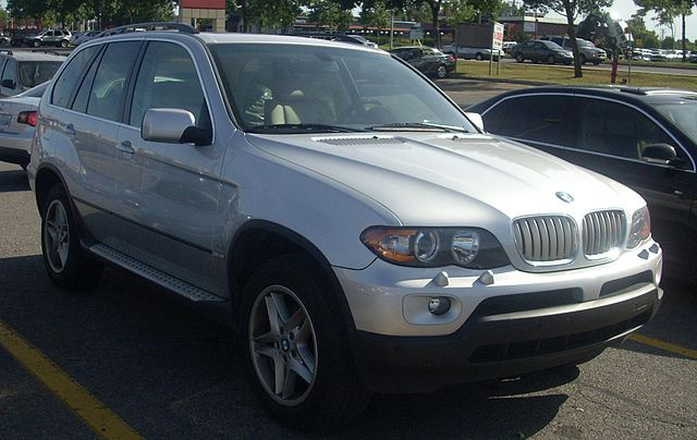 Image of BMW X5 4.4i (E53)