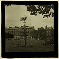 ?Hampton Court (267298106).jpg