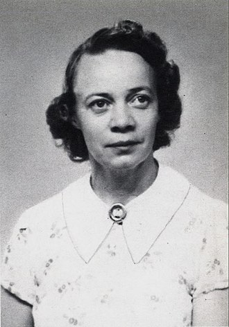 Åsta Holth - Holth in 1945