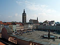 České Budějovice - náměstí a kašna z radnice.jpg