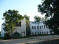 Главный корпус бывшего Путевого дворца в Чёрной Грязи.jpg