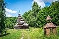 Покровська церква з села Плоске влітку.jpg