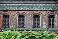 Фрагмент фасада придела церкви Тихвинской Божией матери.jpg