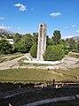 Հայրենական պատերազմի հաղթանակին նվիրված հուշարձան քաղաք Սպիտակում.jpg