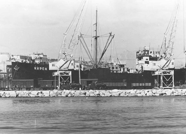 19361228 soviet vessel spanish port alicante military supplies spanish republic
