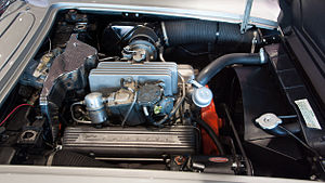 Fuel injection - A 1959 Corvette small-block 4.6 litre V8 with Rochester mechanical fuel injection