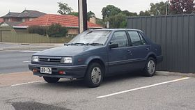 1985-1987 Holden Gemini (RB) SLE sedan (26553456114).jpg
