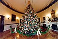 1996 Blue Room Christmas tree.jpg