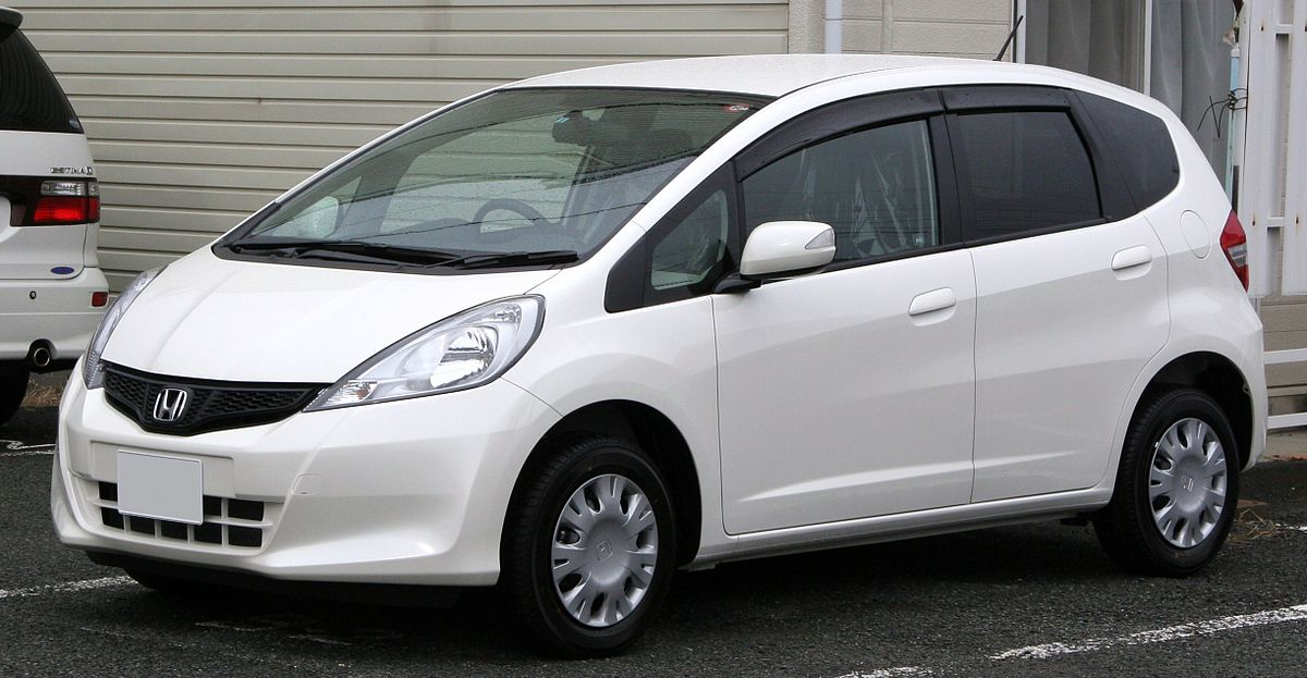2010 Honda Fit 1.3.jpg