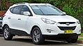 2010 Hyundai ix35 (LM) Elite wagon 02.jpg