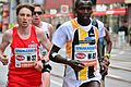 2017-04-23 GuentherZ Wien Marathonlauf M32 Stefan Hendtke+M62 Michael Kipkemboi 1175.jpg
