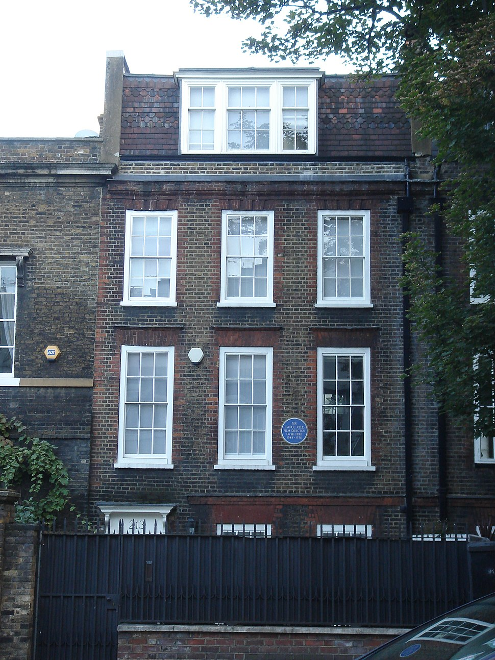 213 and 215 King's Road 05