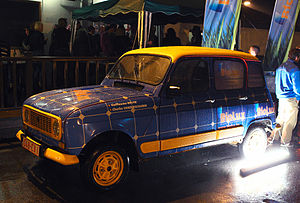 "4L Trophy - The ""Renault 4 GTL"" from team number 1308 (4L Trophy 2011)"