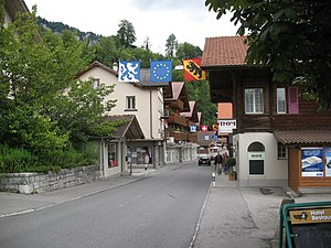 Brienz - Image: 5562 Brienz Hauptstrasse
