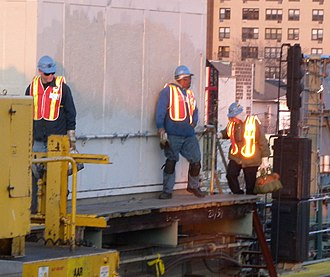Construction worker - Image: 69 Fisk IRT work vests jeh