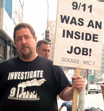 English: 9/11 Truth Movement demonstrator, Los...