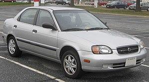 Suzuki Cultus Crescent - 1999–2000 Suzuki Esteem