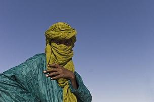 Un Touareg au Festival au désert, près de Tombouctou (Mali), en 2012. (définition réelle 5212×3468)