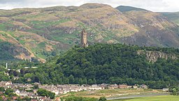 none  Abbey Craig med Wallace Monument på toppen