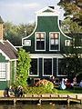 Achterzijde houten huis Kalverringdijk 17.JPG