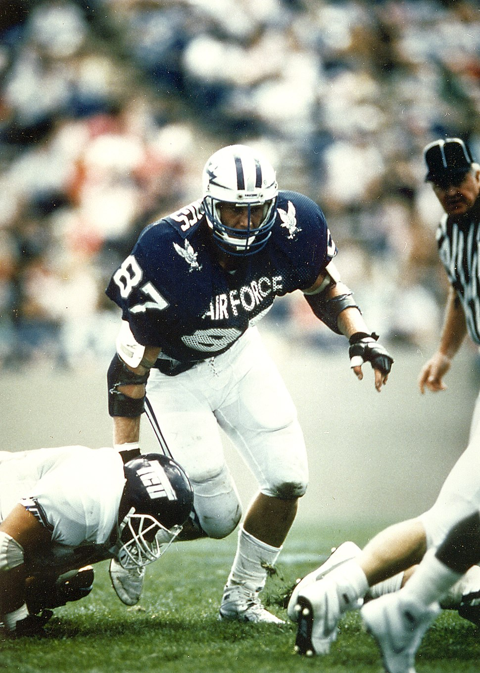 Air Force Academy great Chad Hennings